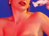 Nauljena crvenokosa lepotica erotske slike
